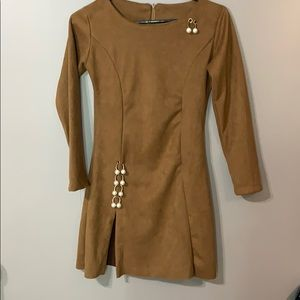 Dresses & Skirts - Beige dress with embedded zipper on the back.